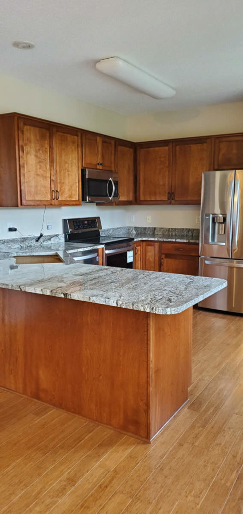 jewel-cabinet-refacing-kitchen-projects-2020-16